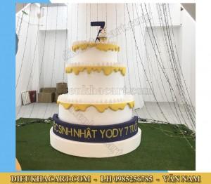 Mô hình xốp mút 3d bánh sinh nhật siêu to siêu đẹp khổng lồ