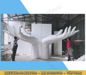 Mô hình xốp mút 3d bàn tay siêu to, siêu khổng lồ