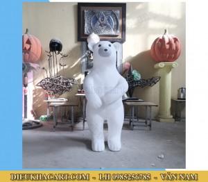 mô hình xốp mút 3d gấu trắng trang trí noel tại hà nội